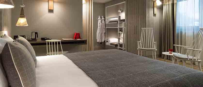 Hotel Heliopic, Chamonix, France - family bedroom 3.jpg